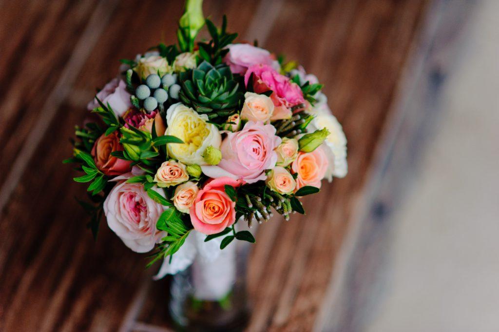 綺麗な花のブーケ