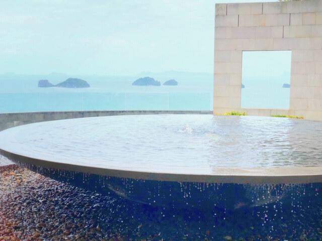 サムイコンラッド噴水