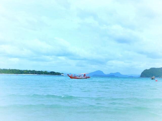 サムイコンラッド無人島の海