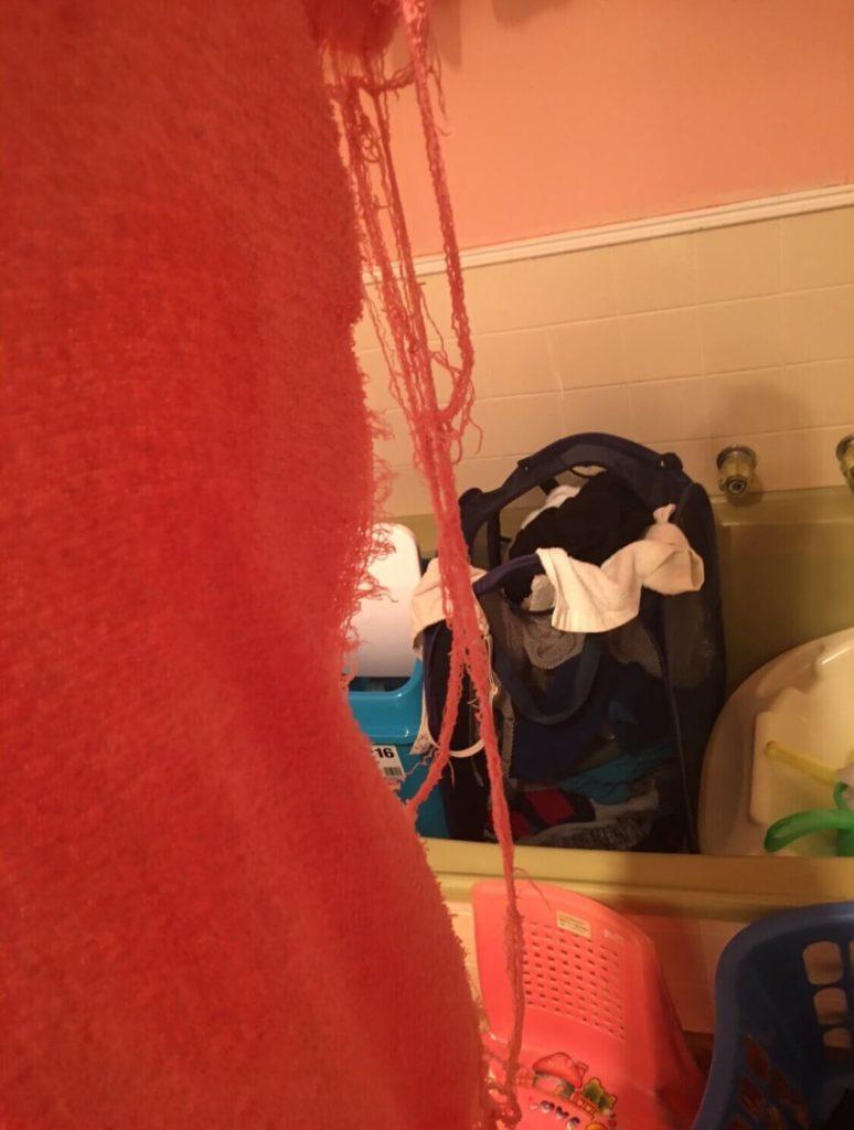 汚いバスルーム